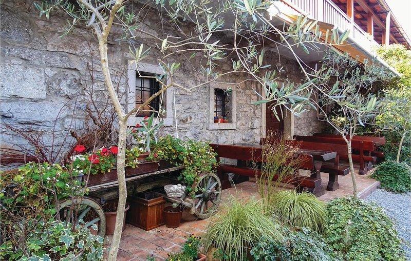 1 Zimmer Unterkunft in Dutovlje, casa vacanza a Crni Vrh