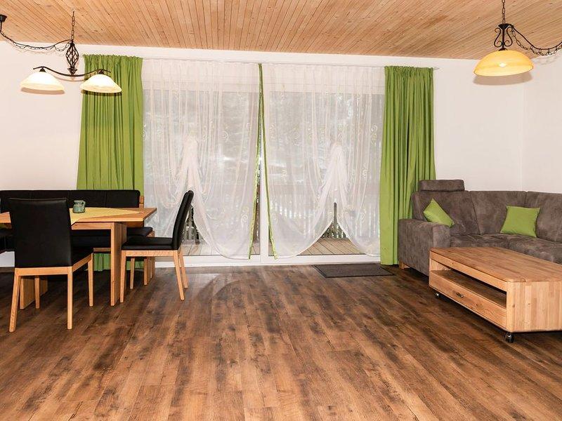 Ferienwohnung Tannenblick, 90qm, 2 Schlafzimmer für 2-4 Personen, aluguéis de temporada em Oberharmersbach