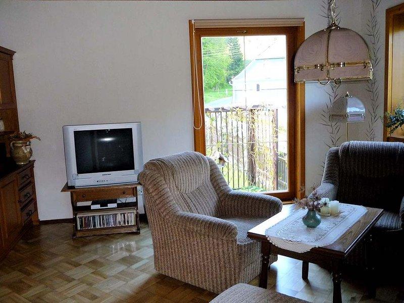 Geräumige Ferienwohnung (80qm) mit großem Bad, location de vacances à Oppurg