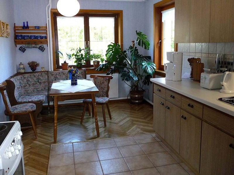 Apartment with three bedrooms and large bath