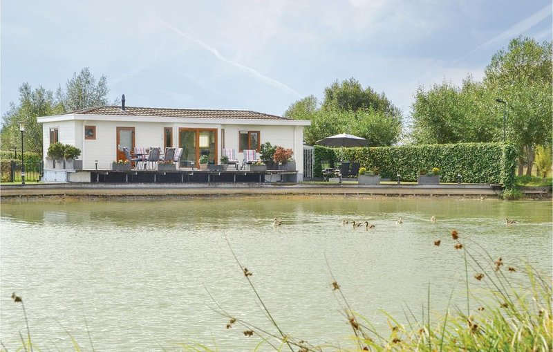 2 Zimmer Unterkunft in Molenschot, Ferienwohnung in Prinsenbeek