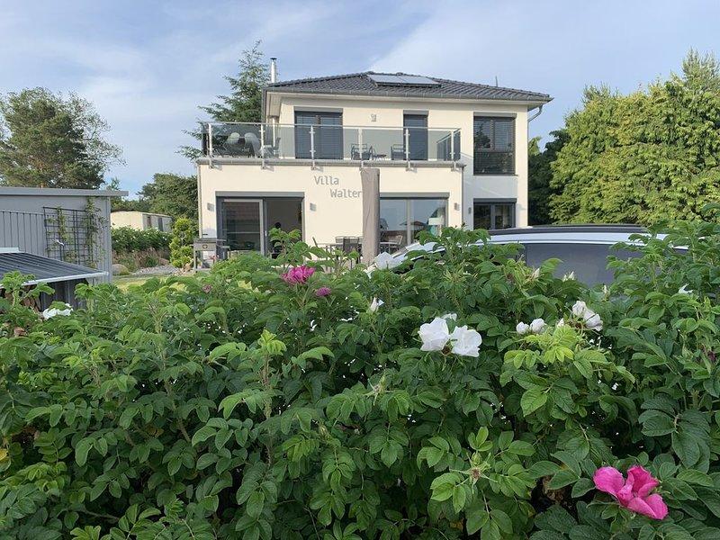 Exklusives großes Ferienhaus Ferienwohnung Ostsee Insel Usedom Wasserblick, holiday rental in Uckeritz