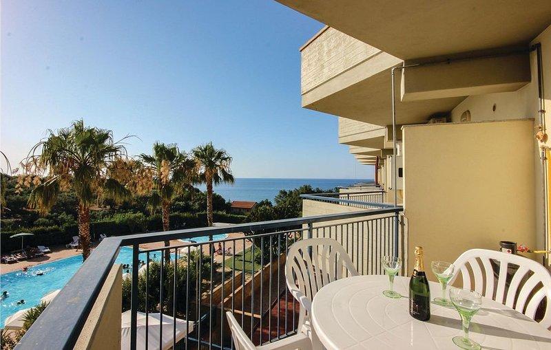 3 Zimmer Unterkunft in Acquedolci (ME), holiday rental in Marina di Caronia