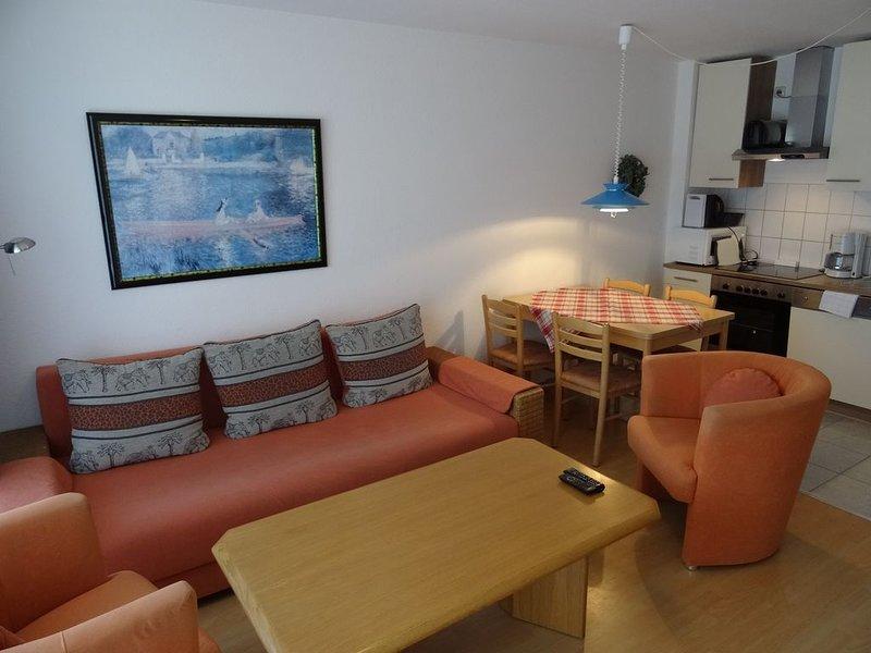 Fewo 4 Altes Kapitänshaus, vacation rental in Laboe