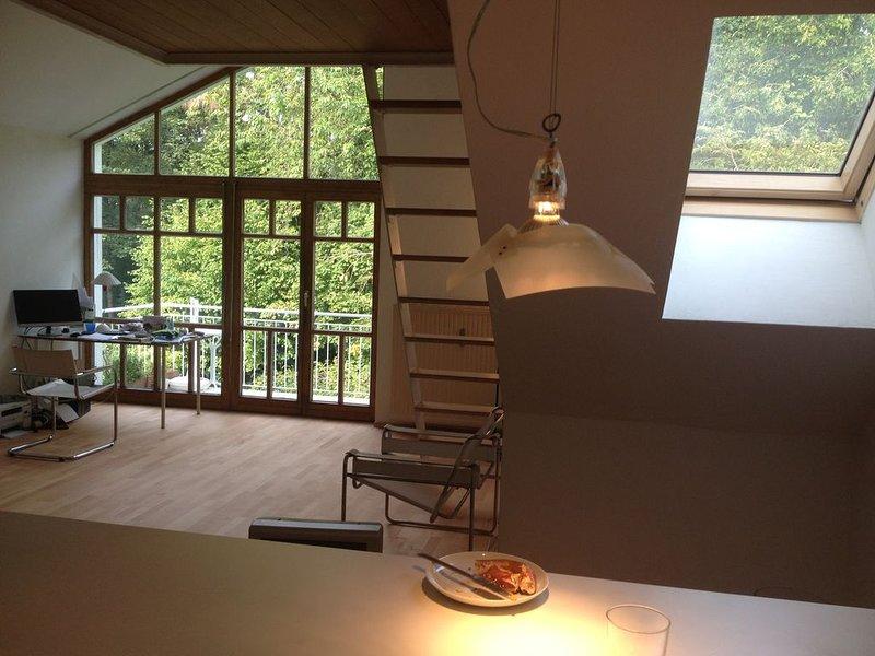 außergewöhnlich schönes 1,5 Zimmer Atelierwohnung, vacation rental in Unterhaching