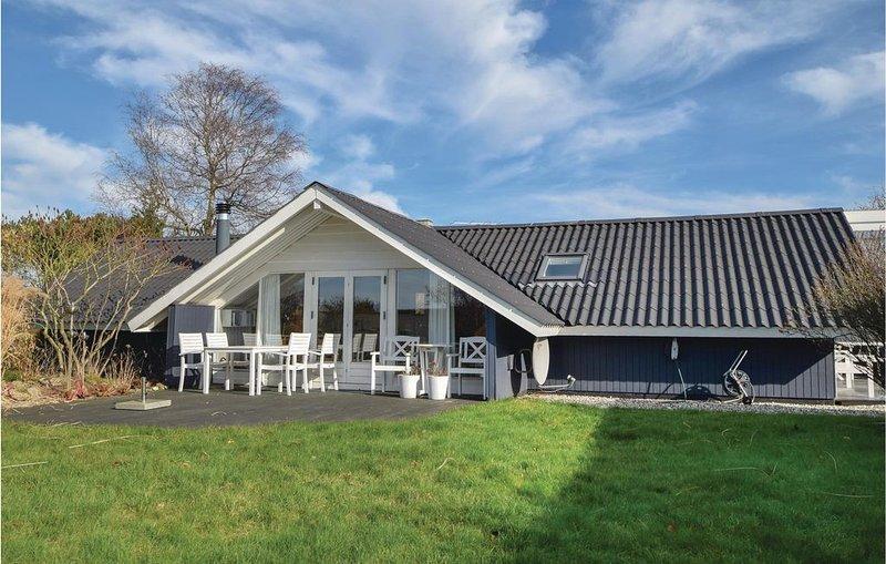 3 Zimmer Unterkunft in Odder, alquiler vacacional en Hovedgaard