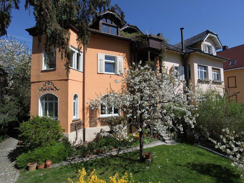 Traumferienwohnung Roos Konstanz am Bodensee, holiday rental in Steckborn
