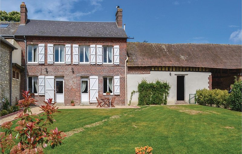 2 Zimmer Unterkunft in Trie Chateau, vacation rental in Saint-Clair-sur-Epte