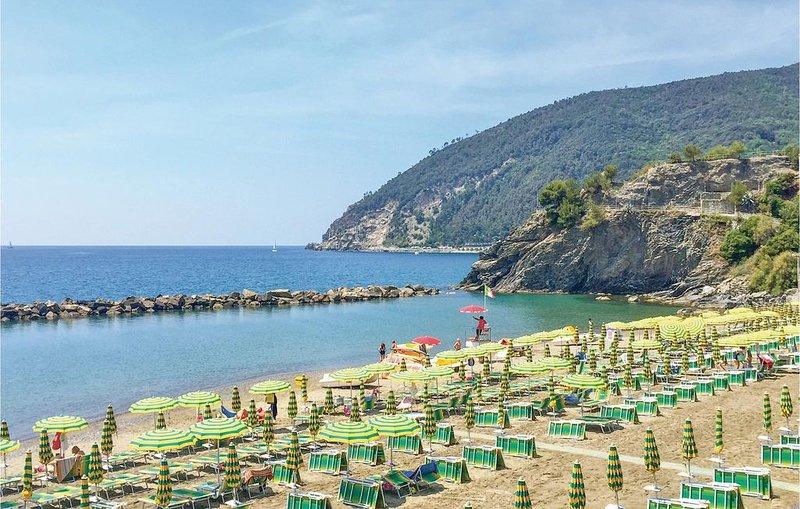 2 Zimmer Unterkunft in Rapallo (GE), holiday rental in Rapallo