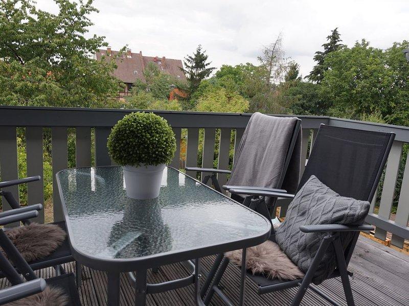 Ferienhaus Hundertmorgenfeld, Wohnung 2, holiday rental in Veltheim