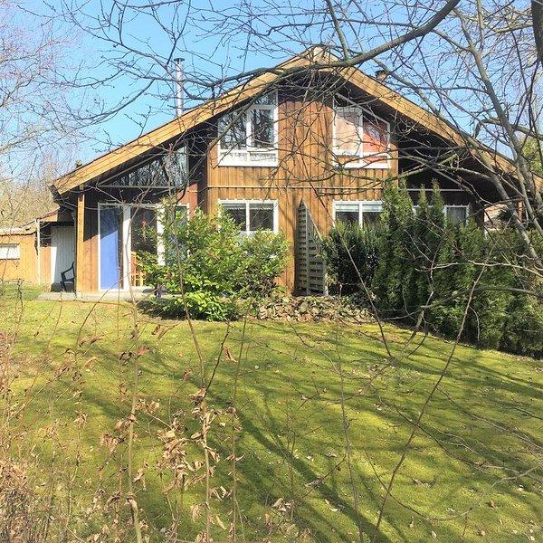 Ferienhaus im Extertal (70m²) mit Terrasse und Garten für 5 Personen und Hund, holiday rental in Auetal