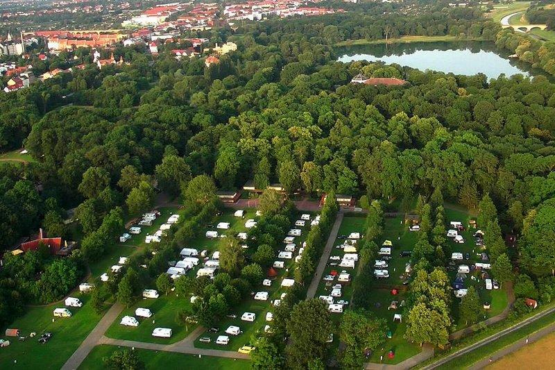 Caravanpark KNAUS Leipzig, Leipzig, location de vacances à Halle