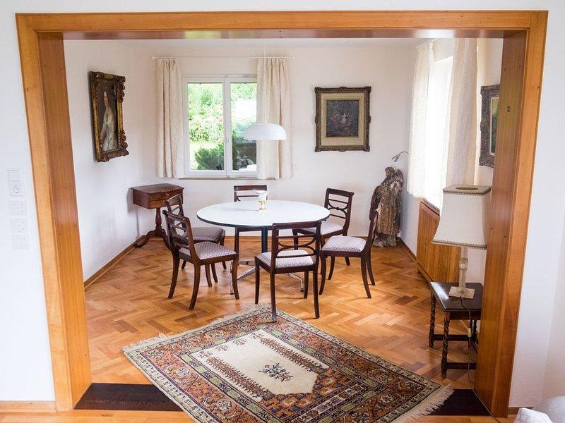 Ferienhaus Beaujardin, 220qm, 5 Schlafzimmer mit Terrasse und Liegewiese für max, alquiler vacacional en Buggingen