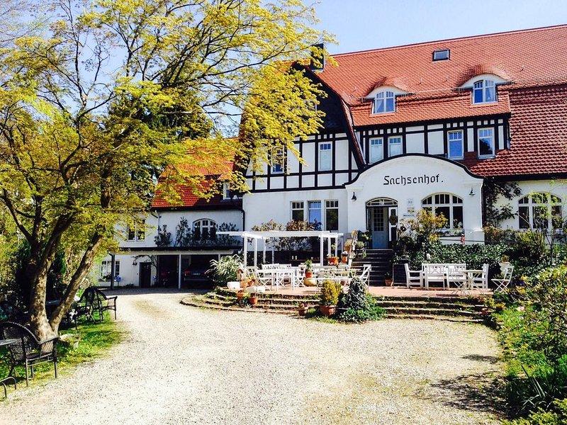 Doppelzimmer für 2 Gäste mit 22m² in Scharbeutz (68493), holiday rental in Strenglin