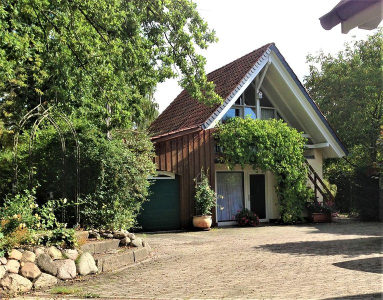 Gästehaus unter den Eichen Winsen (Aller), holiday rental in Langenhagen