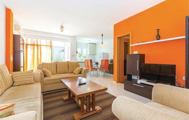 2 Zimmer Unterkunft in Kostrena, holiday rental in Kostrena