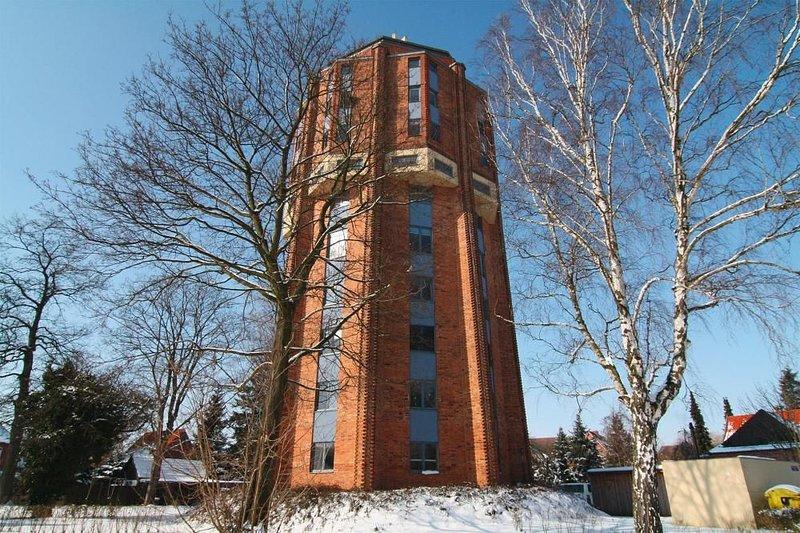 Ferienwohnung im Wasserturm, Güstrow, aluguéis de temporada em Borkow