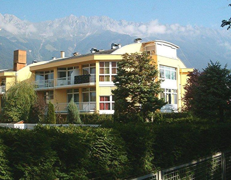 Studio im Zentrum von Innsbruck - Wohnen wie zu Hause, aluguéis de temporada em Igls