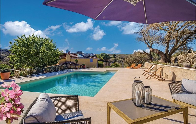 2 Zimmer Unterkunft in Punta Kriza, holiday rental in Belej