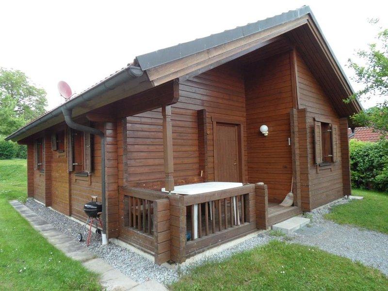 Ferienhaus Jägerpark Viechtach 6, Hallenbad, WLan und Energiekosten inklusive, vacation rental in Bogen