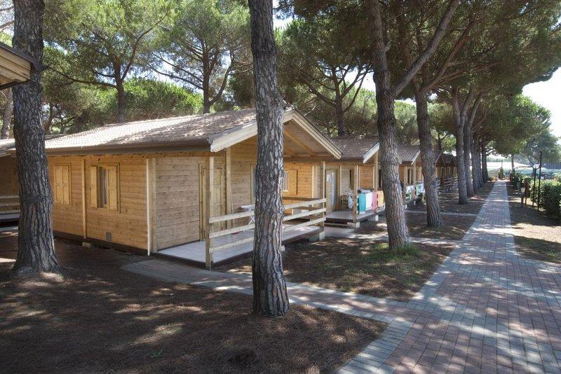 Ferienhaus - 5 Personen*, 35m² Wohnfläche, 2 Schlafzimmer, Internet/WIFI, casa vacanza a Orbetello