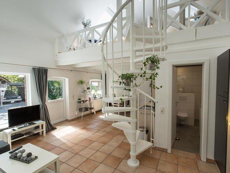 Loft Wohnung mit Garten + Kamin im 100 Jahre alten Haus Niederrhein Ruhrgebiet, Ferienwohnung in Xanten