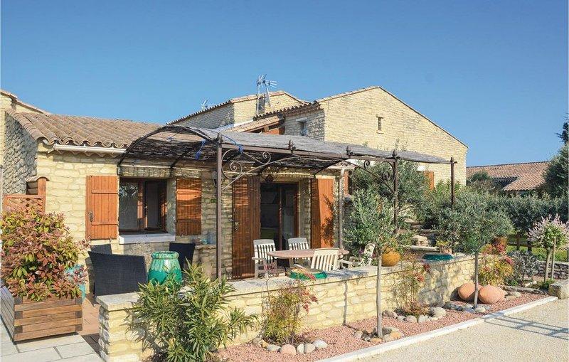 2 Zimmer Unterkunft in Gordes, vacation rental in Vaucluse