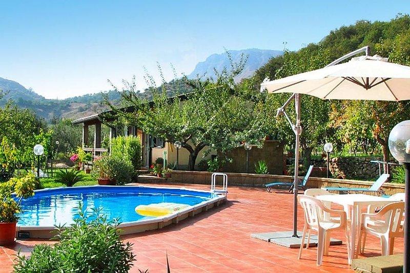 Ferienhaus, Francavilla di Sicilia, holiday rental in Solicchiata