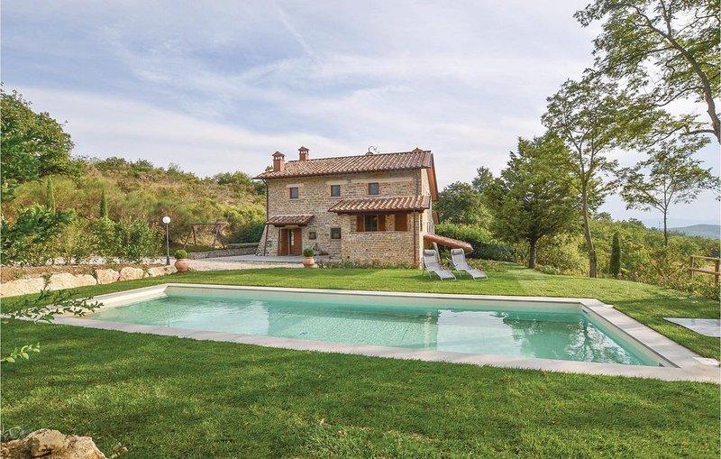 5 Zimmer Unterkunft in Pieve S. Stefano -AR-, vacation rental in Parchiule