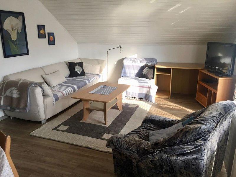 Ferienwohnung, 75qm, 2 Schlafräume, max. 4 Personen, casa vacanza a Boetzingen