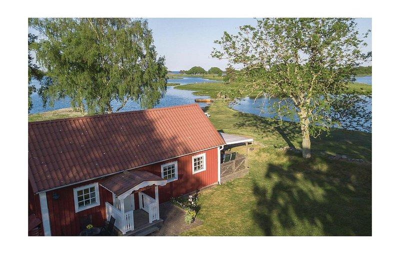 2 Zimmer Unterkunft in Fågelmara, holiday rental in Degerhamn