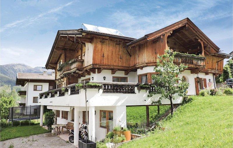 2 Zimmer Unterkunft in Kartitsch, holiday rental in Santo Stefano di Cadore