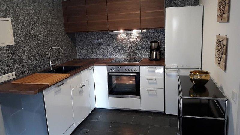 Gemütliche Wohnung in ruhiger Lage. Trotzdem zentral., holiday rental in Düsseldorf
