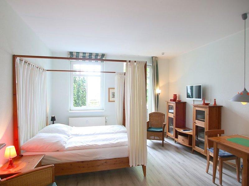 Appartement 214 - 100m zum Strand -  Balkon - Schwimmbad - Sauna - WLAN, holiday rental in Ostseebad Kuhlungsborn