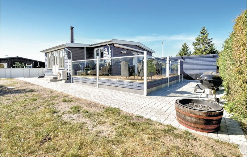 2 Zimmer Unterkunft in Nyborg, vacation rental in Vejstrup