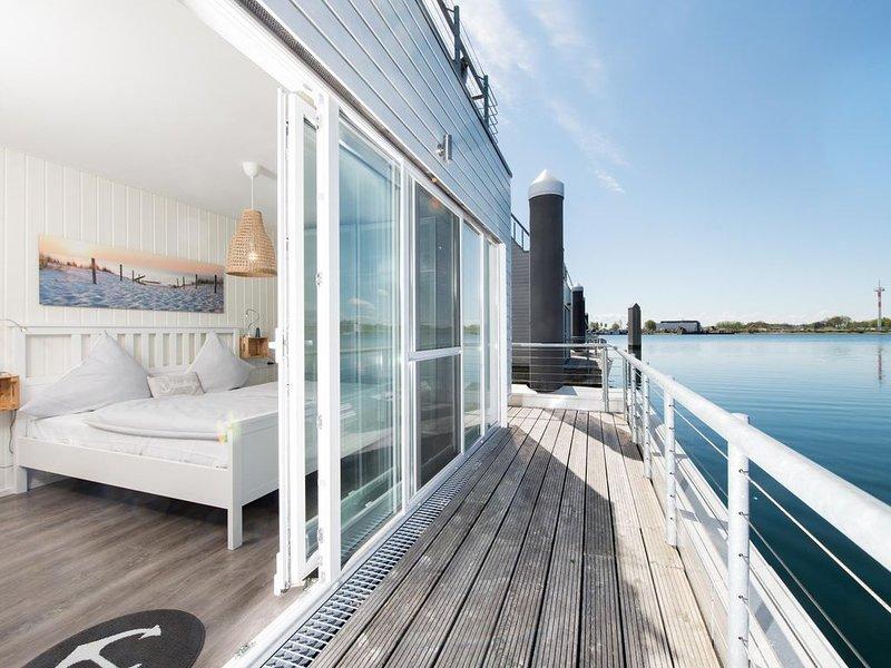 Schwimmendes Ferienhaus Kleine Insel, casa vacanza a Kappeln