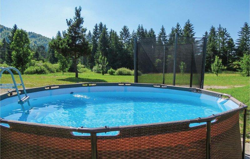 1 Zimmer Unterkunft in Bloke, location de vacances à Postojna