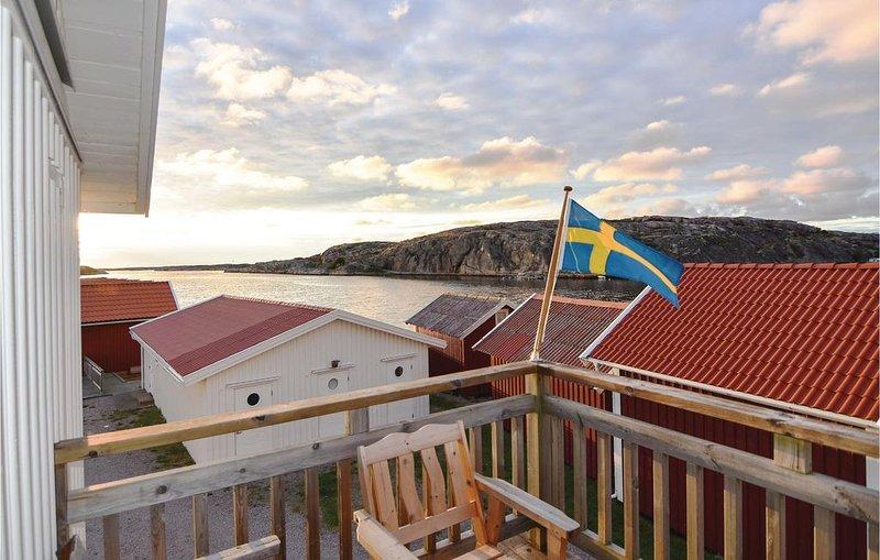 2 Zimmer Unterkunft in Väjern, location de vacances à Halleviksstrand