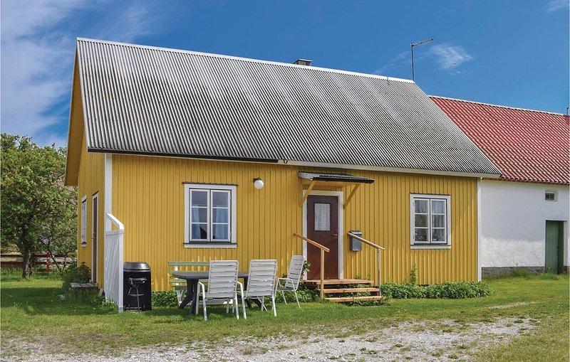3 Zimmer Unterkunft in Katthammarsvik, holiday rental in Gotland