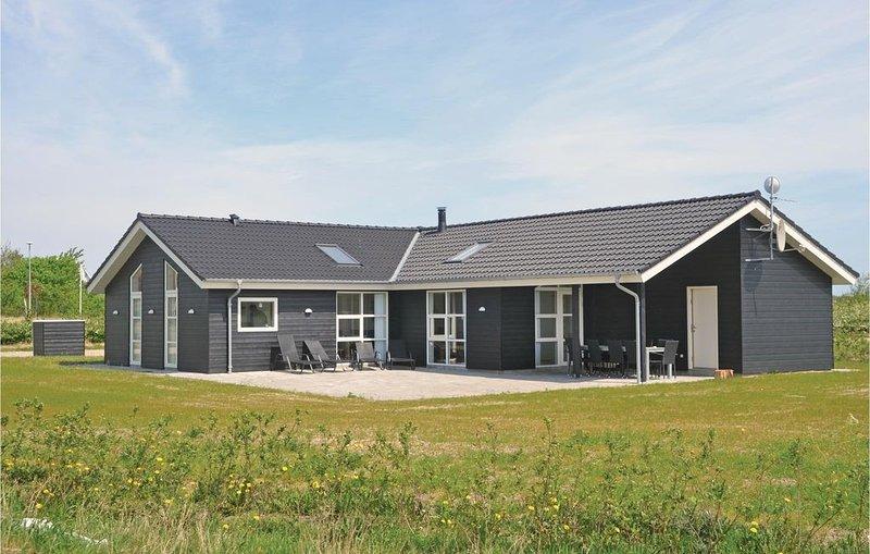 5 Zimmer Unterkunft in Skjern, aluguéis de temporada em Skjern
