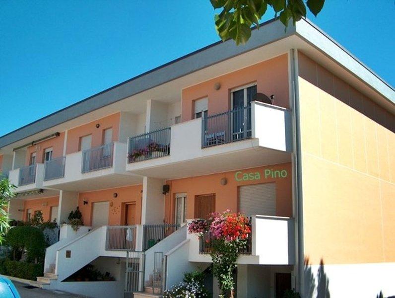 Ferienhaus wenige Minuten vom Strand, Haustiere willkommen, vacation rental in Fonte Umano-San Martino Alta