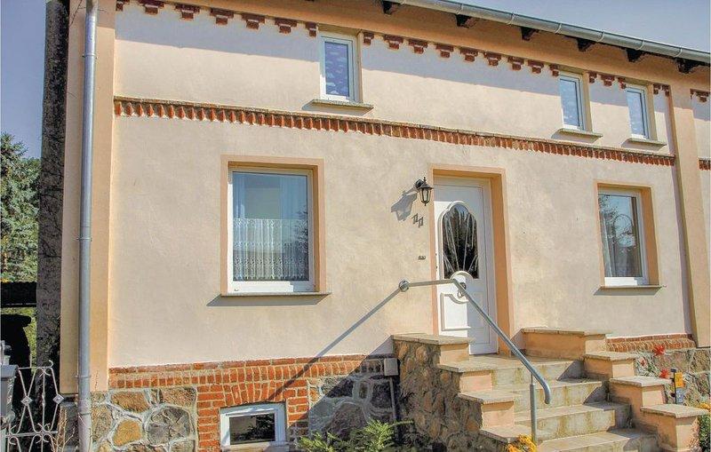 4 Zimmer Unterkunft in Göhren-Lebbin OT U., holiday rental in Silz