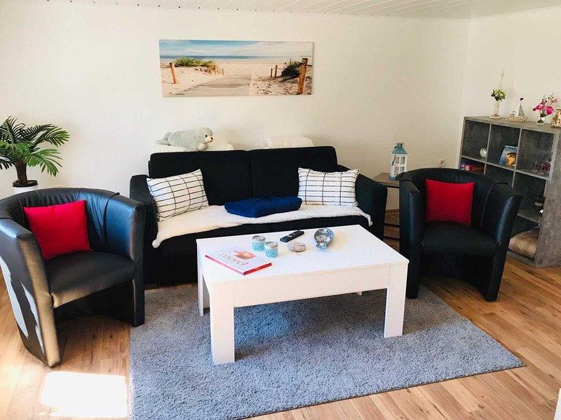 Idyllische Ferienwohnung im Landhaus-Stil mit Kamin, holiday rental in Sellin