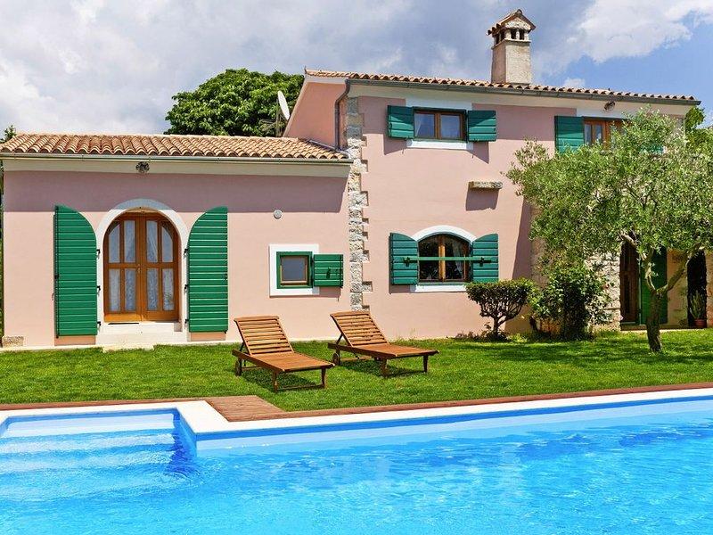 Ferienhaus Franciska * 3000 m2 Garten mit Olivenhain, privater Pool, alquiler vacacional en Smoljanci