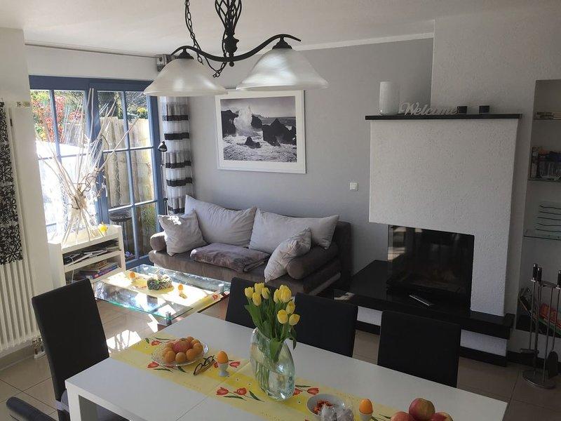 Komfort- Ferienhaus mit Luxusbad, Sauna uKamin, Garten, location de vacances à Zingst