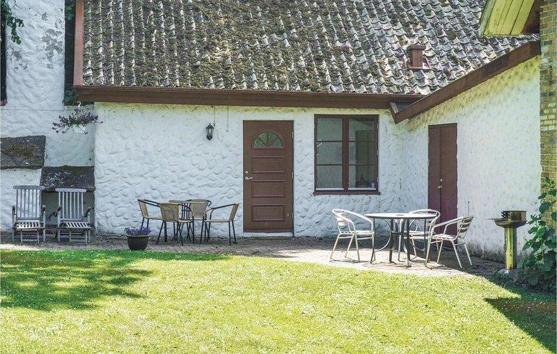 3 Zimmer Unterkunft in Tomelilla, holiday rental in Loderup