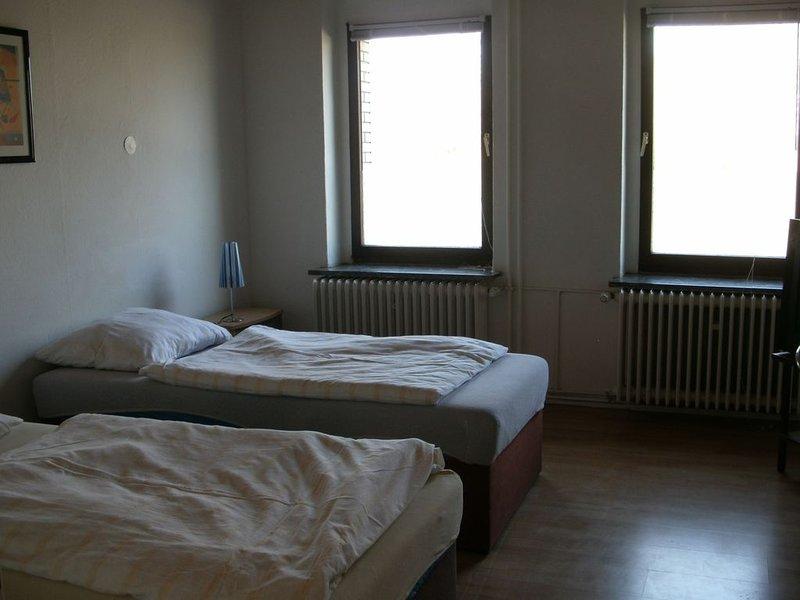 1 Ferienwohnung für bis zu 6  Personen, holiday rental in Veltheim
