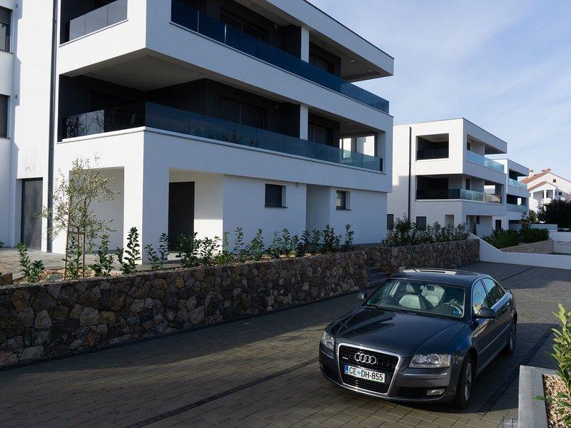 GOLDFISCH11 premium Wohnung im maritimen Stil, Terrasse und Garten, casa vacanza a Vantacici