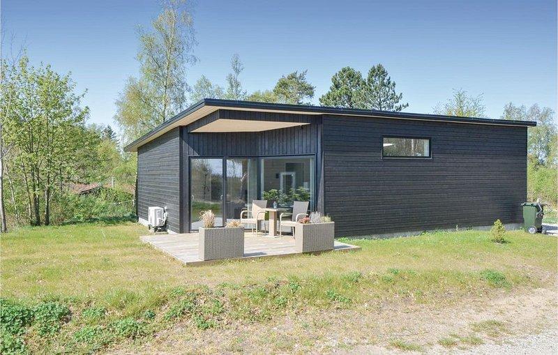 3 Zimmer Unterkunft in Ebeltoft, holiday rental in Foelle Strand