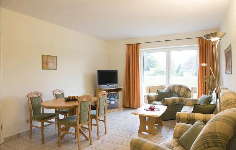 2 Zimmer Unterkunft in Kaschow, holiday rental in Loitz